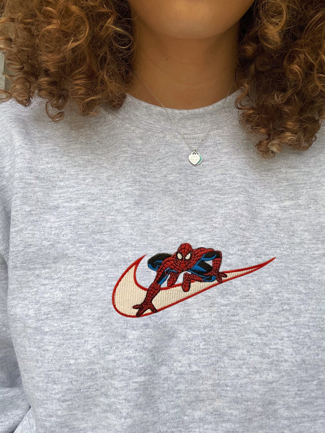Embroidered Spiderman Crewneck Sweater/t-shirt/hoodie Embroidery