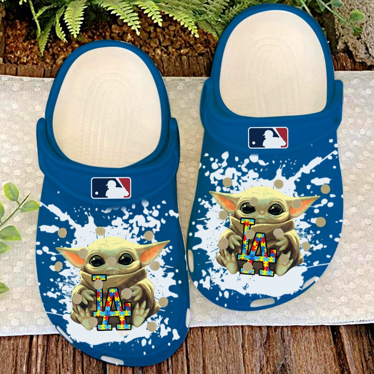 Los Angeles Dodgers La Baby Yoda Autism Crocs Clog Shoes