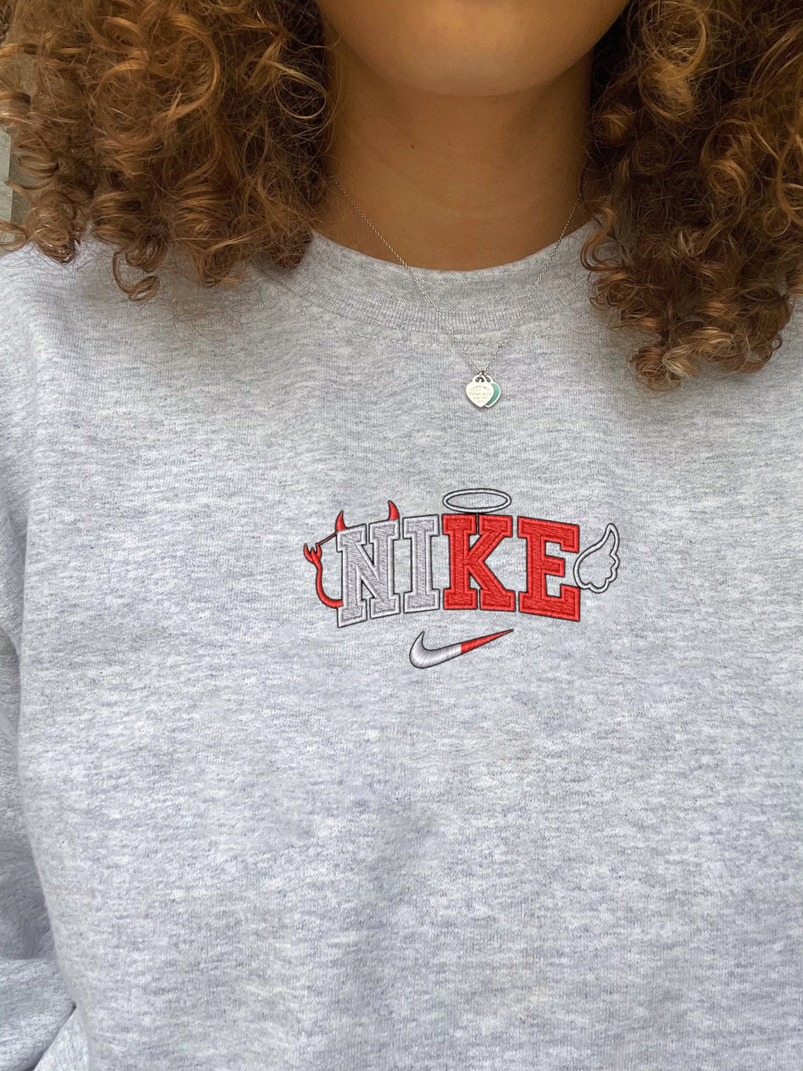 Nike 90s Vintage Embroidered Swoosh Sweatshirt/t-shirt/hoodie Embroidery