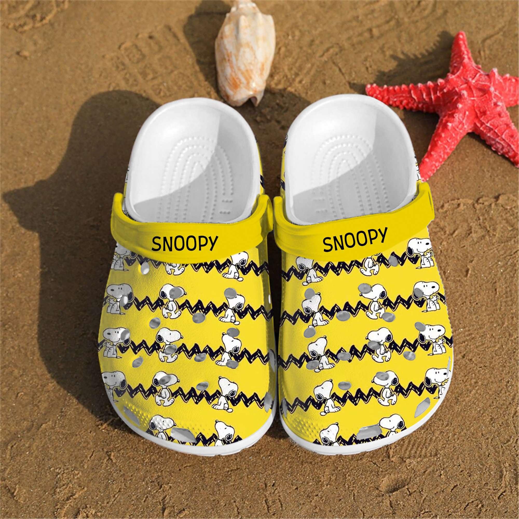 Personalised Snoopy Charlie Brown Peanuts Custom Crocs Clog Shoes